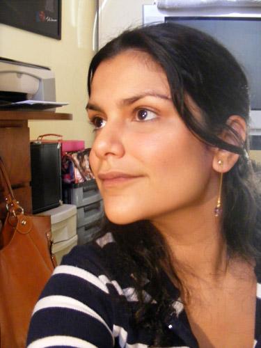 Tutorial: Aplicação de Maquiagem Mineral com Pincel Umedecido