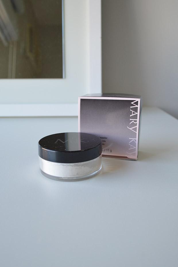 Opção mais acessível ao Make Up For Ever HD Powder: Pó Solto Translúcido Mary Kay