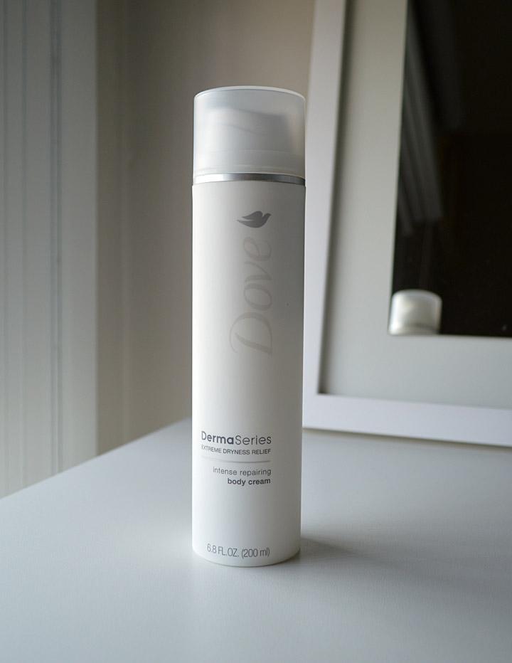 Produtos e Cuidados com a Pele: Dove Derma Series Body Cream