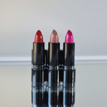 Boca Colorida: Batons Catrice Ultimate Colour #310 Red My Lips, #380 Nude-Tastic e #140 Pinker-Bell