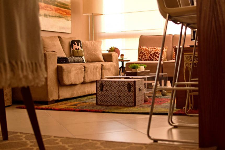 Ap & Decoração: Mais cor na sala com tapetes e acessórios