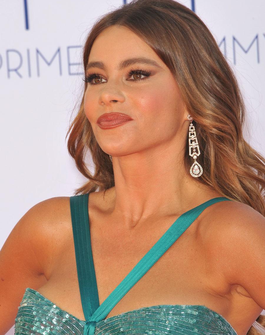 maquiagem para usar com vestido turquesa