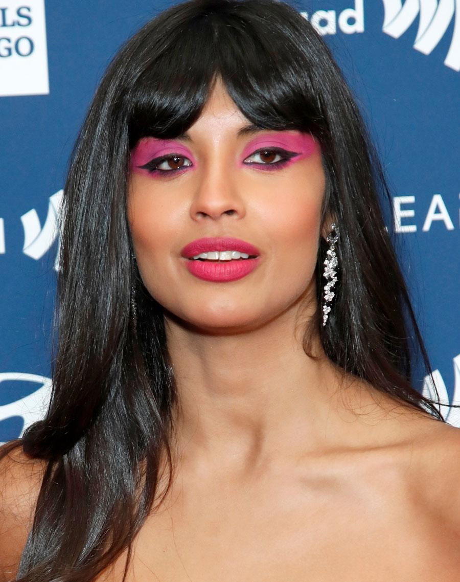Inspirações de maquiagem com Jameela Jamil
