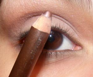 Tutorial: Look discreto (com um pouco de cor) para o trabalho